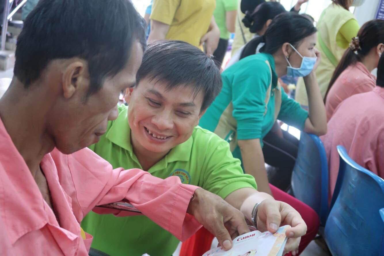 """vi bac si """"ty phu 0 dong"""" cua hang ngan benh nhan - 1"""