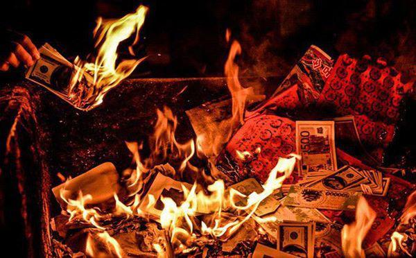 Sai lầm đốt vàng mã rằm tháng 7 nhà nào cũng mắc, phải bỏ ngay kẻo mang họa - 4
