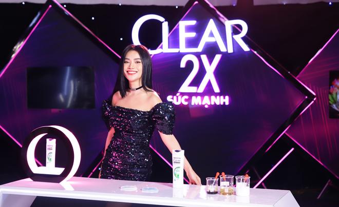 Clear khai phá chuẩn mực dầu gội sạch gàu mới: gel nhân đôi sức mạnh và cấp ẩm da đầu