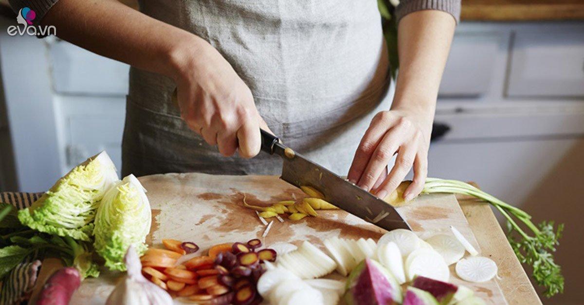 Không chỉ thức ăn nấm mốc gây ung thư, 2 thứ độc hại không kém nhưng vẫn có trong bếp