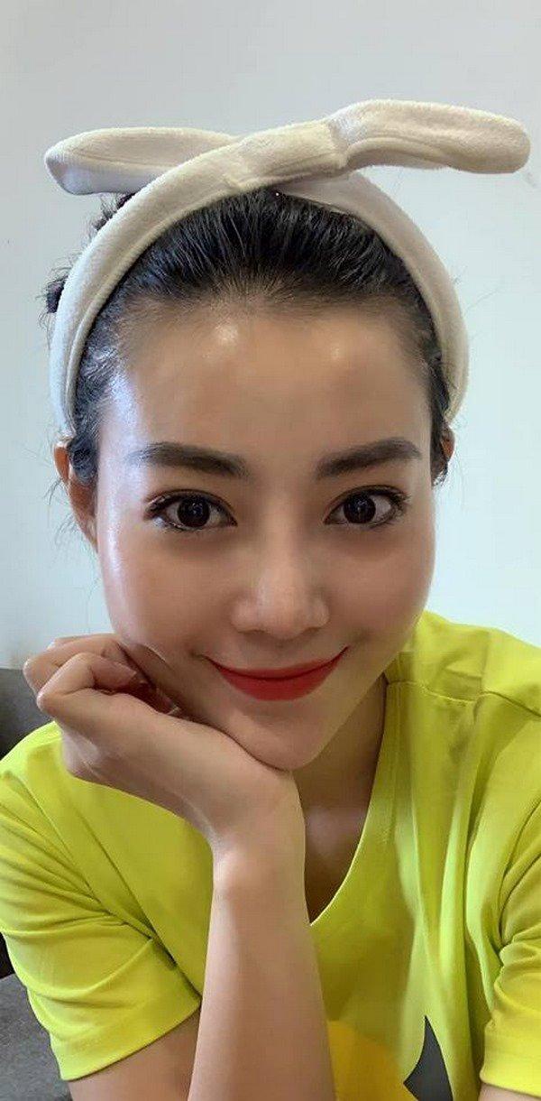 Không dùng ứng dụng sống ảo khi selfie, làn da ở tuổi 31 của Thanh Hương khiến fan ngỡ ngàng - 6