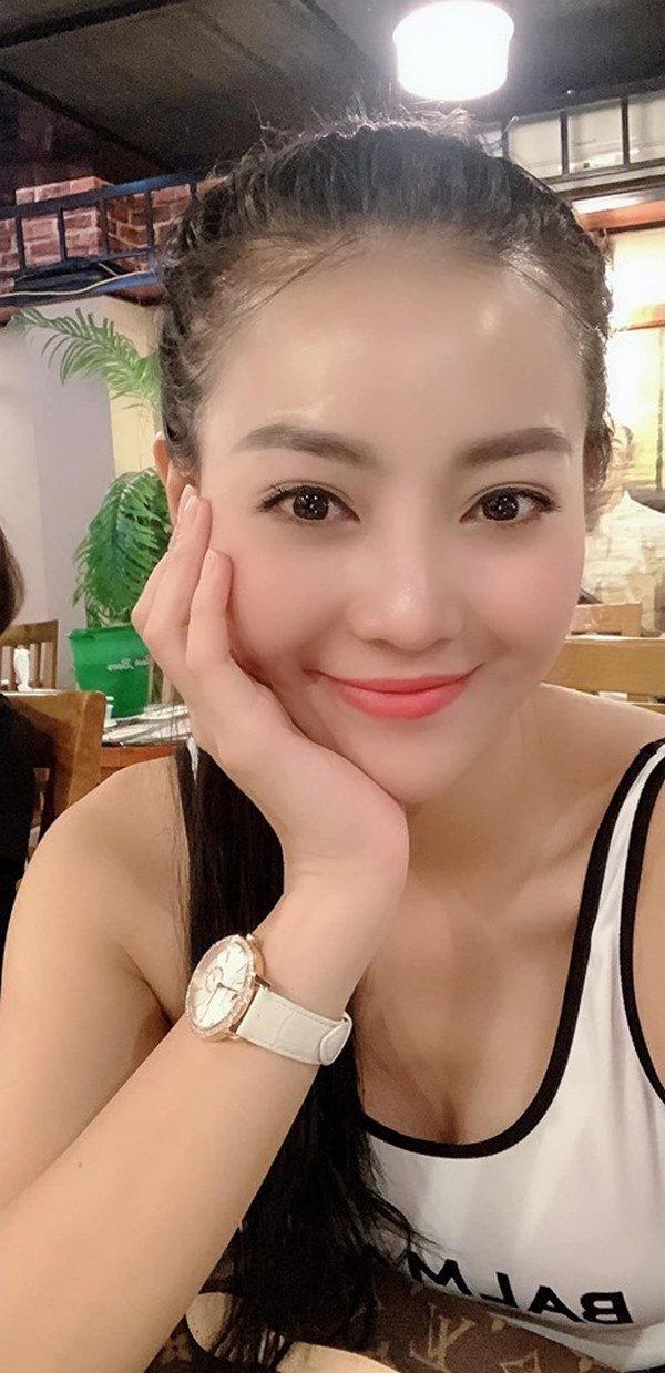 Không dùng ứng dụng sống ảo khi selfie, làn da ở tuổi 31 của Thanh Hương khiến fan ngỡ ngàng - 9