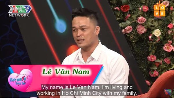 """doi ban trai tai tro di chau au moi hen ho, co gai """"ham an, luoi lam"""" gay phan no - 1"""