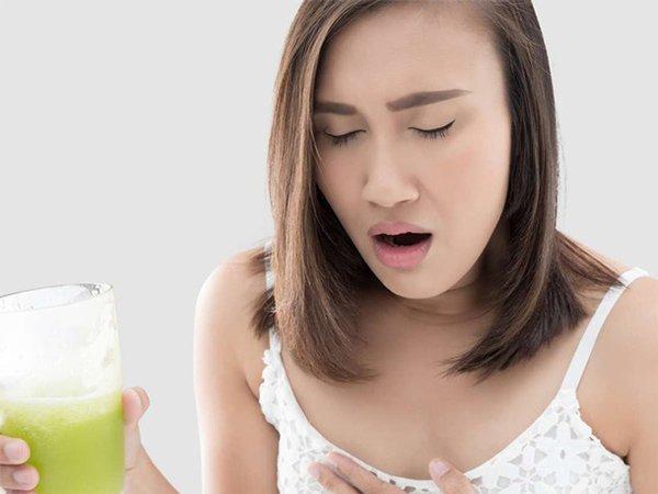 Những dấu hiệu cảnh báo bệnh nguy hiểm xuất hiện sau bữa ăn