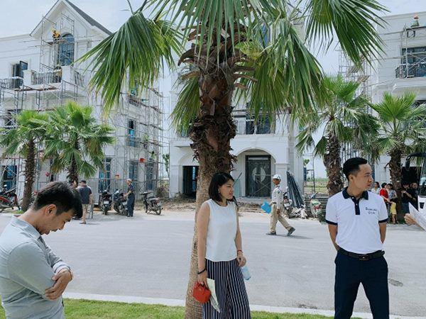 ky han hao hung khoe nha dang hoan thien, lo moi quan he voi me chong qua diem nay - 4