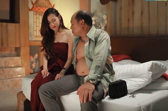 """qua khu cua my nhan chuyen gioi chiec la cuon bay: la """"gai nganh"""" chung dung ca ta dan ong - 6"""