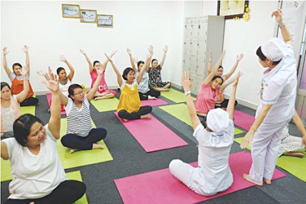 yoga cho ba bau: nen tap khi nao, bai tap nao tot an toan cho me bau? - 2