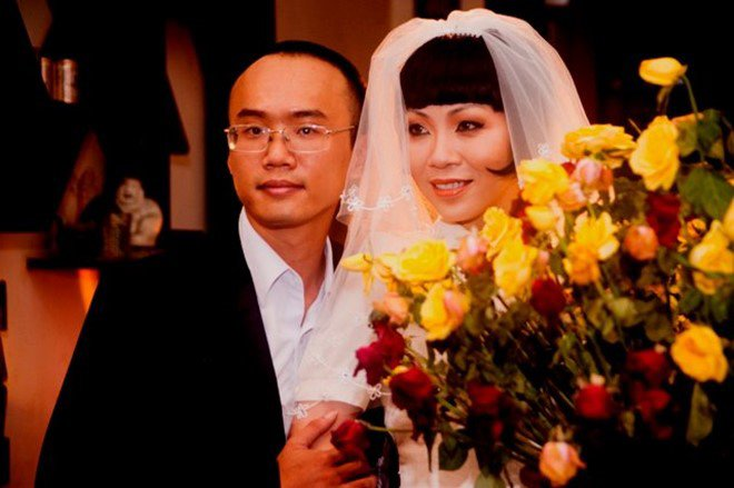 """cuoi """"phi cong tre"""" kem 8 tuoi, nu mc khac nguoi nhat nhi showbiz chon chong hien, khong chon giau - 8"""