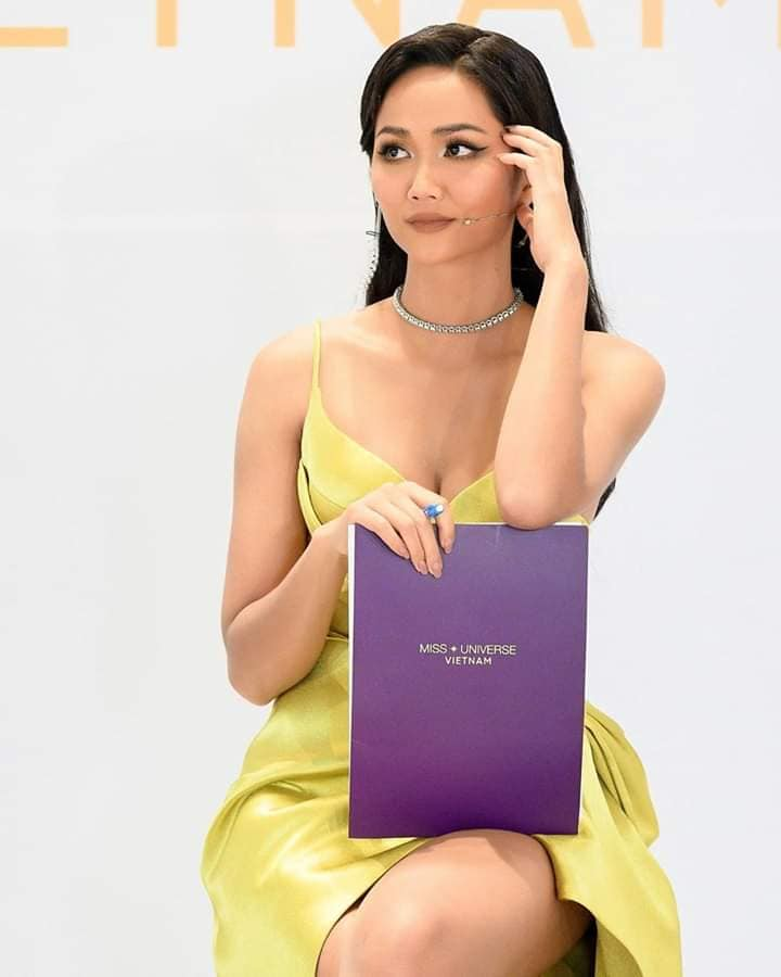 "dang anh cham thi miss universe vietnam 2019, h'hen nie lo dang mum mim, ""dap tan"" tin don nang nguc - 5"