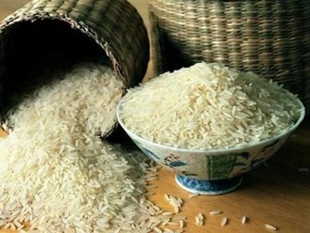 Chuyển về nhà mới âm thầm vùi thứ này vào hũ gạo,  tài lộc như thác, rung đùi đếm tiền