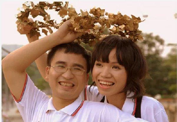 """chuyen tinh cua thi sinh olympia: tu doi thu thanh vo chong, bat ngo la don """"xin yeu chan thanh"""" - 3"""