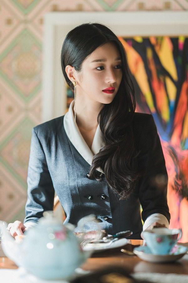 Xuất hiện amp;#34;chị đẹpamp;#34; mới của màn ảnh Hàn Quốc: vóc dáng như người mẫu với vòng eo con kiến - 1