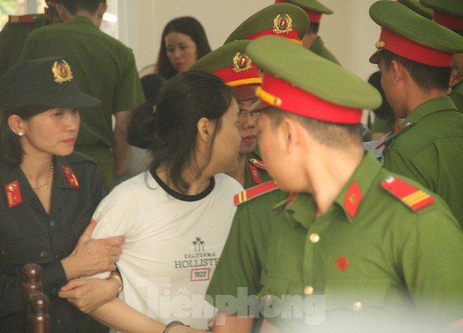Tâm sự nhói lòng của người cha khi con gái bị tuyên tử hình trong vụ giết người đúc bê tông 5