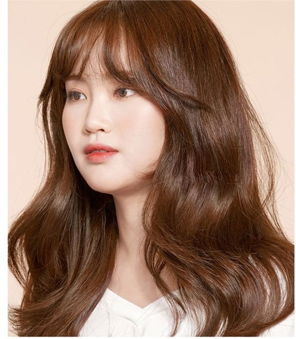 20 Kiểu tóc uốn đẹp trẻ trung sành điệu nhất 2020 được nhiều người yêu thích