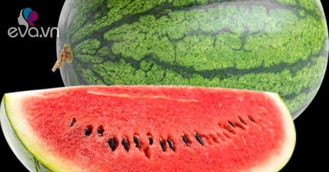 Không cần vỗ khi chọn dưa hấu, người trồng mách 1 cách đảm bảo dưa vỏ mỏng, ngọt xuất sắc