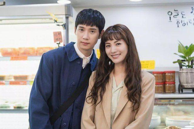 """top phim han ra mat thang 7: """"mo ngo"""" song ji hyo dai chien """"nu hoang"""" hwang jung eum - 1"""