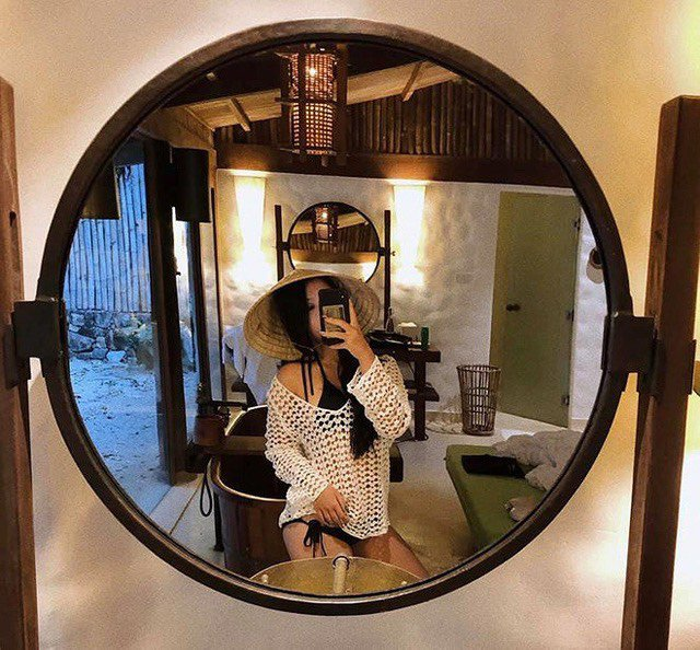 Không thua hội con sao Việt, ái nữ nhà Phượng Chanel diện bikini khoe dáng phổng phao, da nâu giòn 4