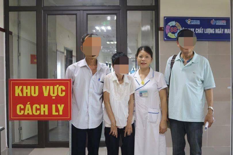 Người phụ nữ Hà Nội thất lạc 24 năm bất ngờ gặp lại người thân ở khu cách ly COVID-19