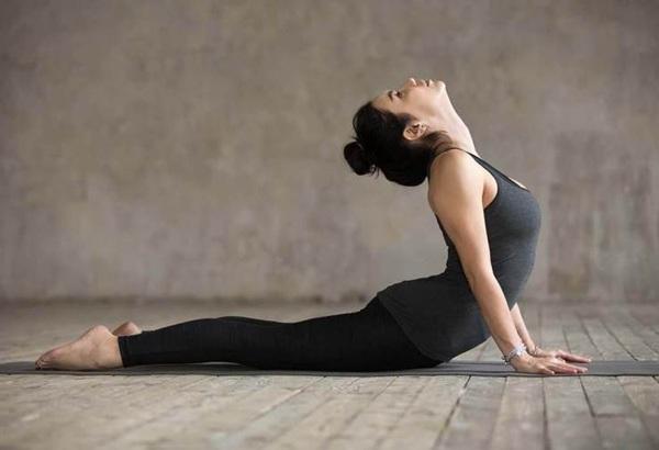 Dù có cứng đầu đến đâu mỡ bụngcũng biến mất với những bài tập yoga giảm mỡ bụng tại nhà - 3