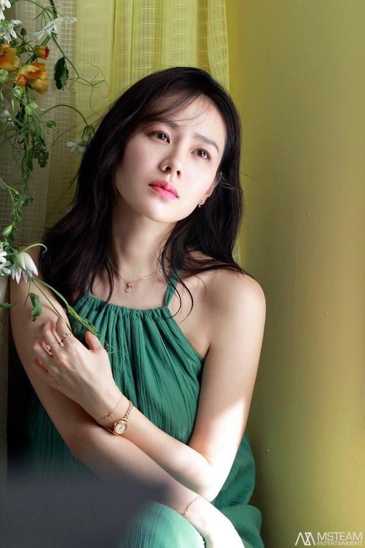 "hoi my nhan chau a so huu nhan sac ""ngung dong"" thoi gian: vbiz cung co 2 hoa hau - 8"