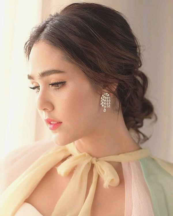 showbiz thai lan: thien duong cua nhung co con lai, co nguoi con dinh dam ca the gioi - 3