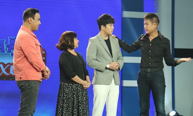 "mc quyen linh: ""con trai 30-40 tuoi van ngu voi me la chuyen binh thuong"" - 9"