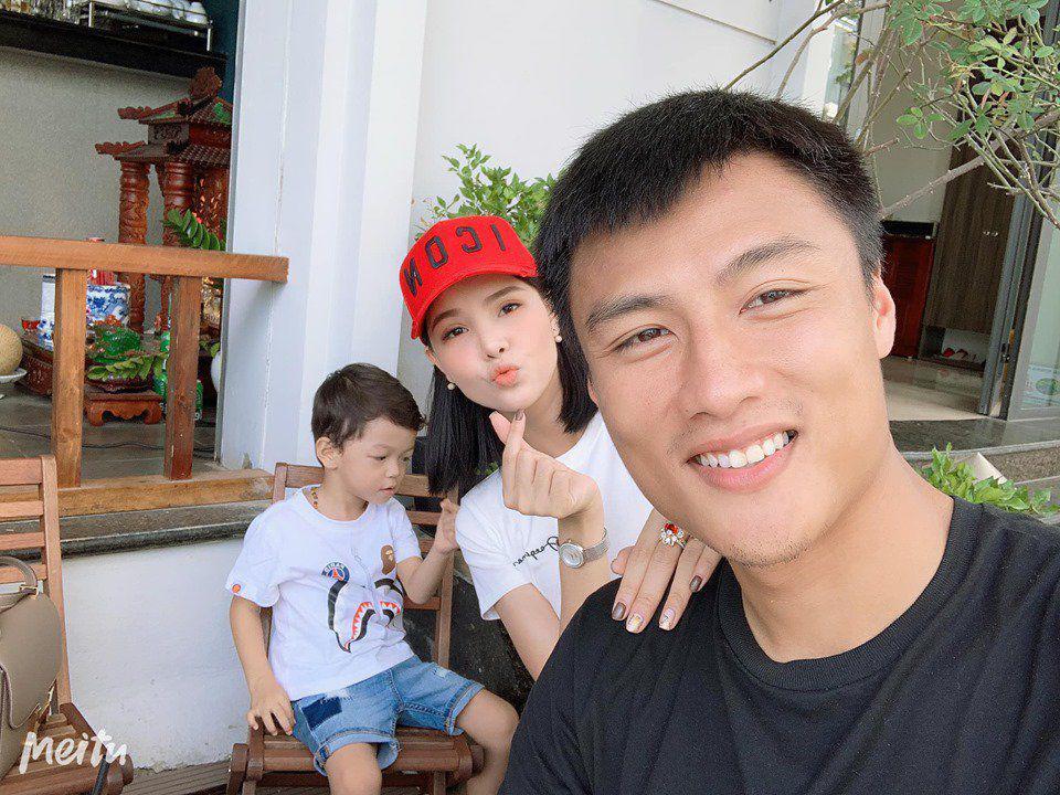 ky han khoe gioi tinh con sap sinh, mac hong quan an mung vi co them hau due noi nghiep - 5