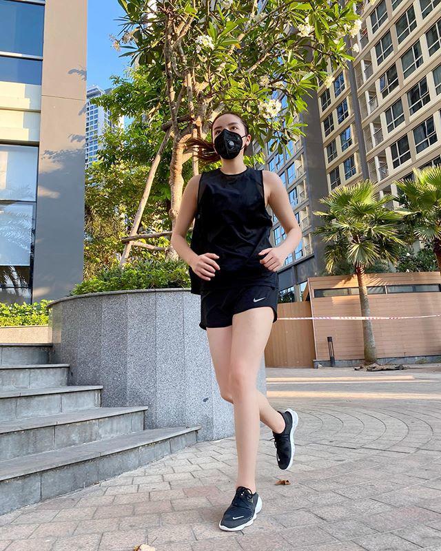 """Sao Việt tập gym hết mình vẫn mang trang bị """"ngộp thở"""", giảm cân nhanh nhưng dễ bị kiệt sức? - 4"""