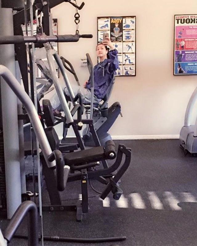 """Sao Việt tập gym hết mình vẫn mang trang bị """"ngộp thở"""", giảm cân nhanh nhưng dễ bị kiệt sức? - 9"""
