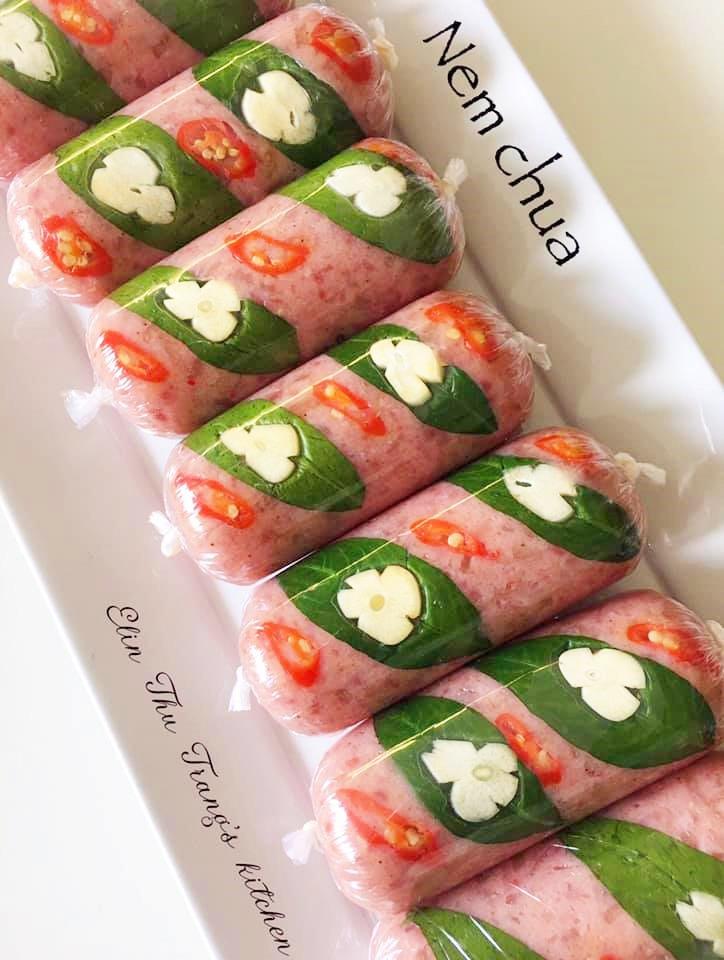 Học cách làm nem chua từ 2 loại thịt tuyệt ngon của mẹ đảm, chỉ 3 ngày là ăn được - 4