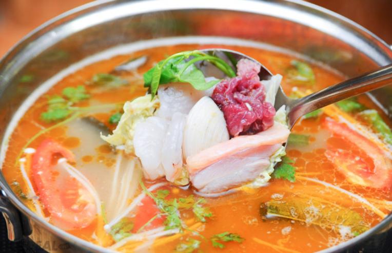 Cách nấu lẩu Thái ngon vị chua cay đơn giản tại nhà - 5