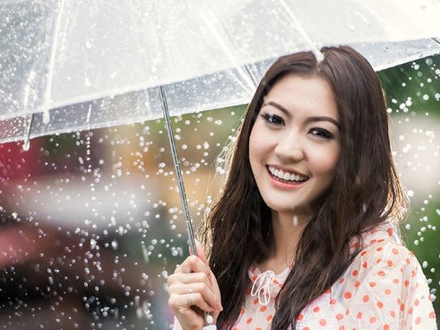 Bạn đã biết cách chăm sóc da khi mùa mưa kéo dài liên tục chưa?