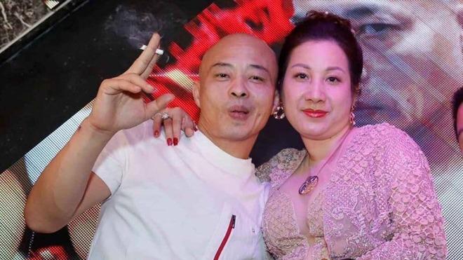 4 cặp vợ chồng đại gia Việt có cuộc sống giàu sang, chỉ lộ bộ mặt thật khi bị bắt