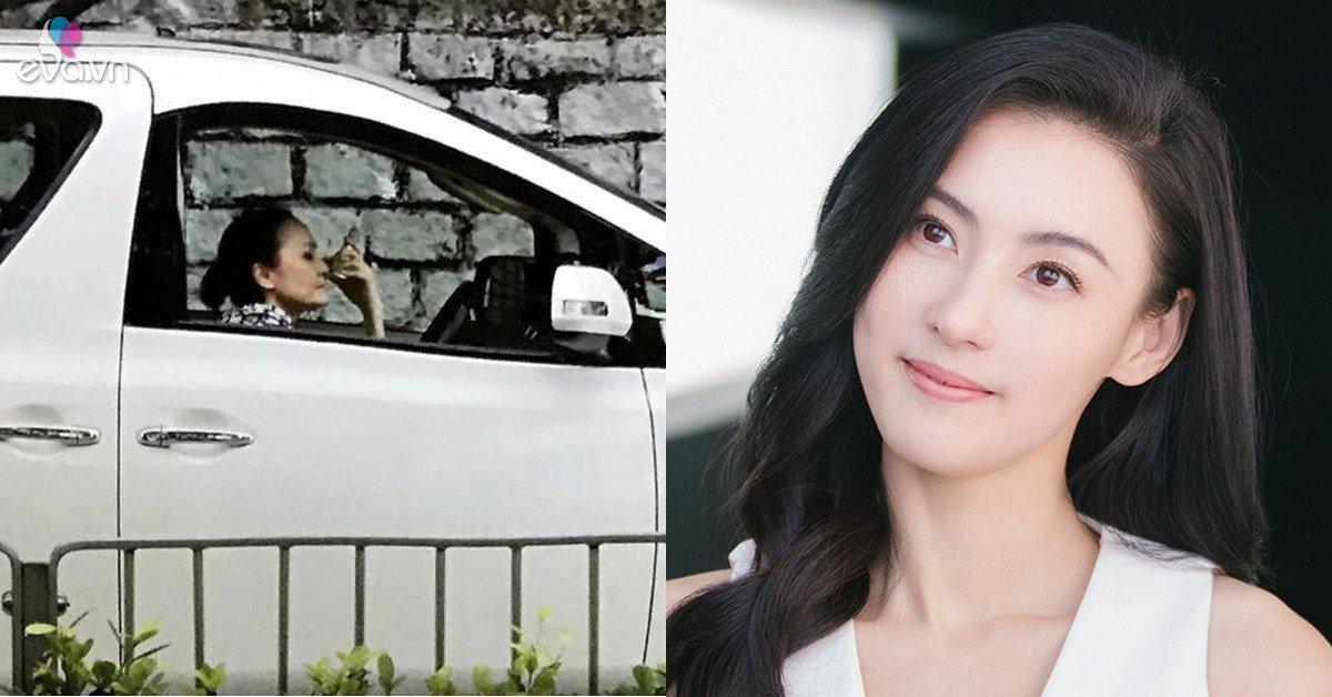 Ngôi sao 24/7: Con gái giàu nứt đố đổ vách, mẹ Trương Bá Chi vẫn lái taxi kiếm tiền
