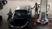 Vừa trộm được túi xách, nam thanh niên lao xe thẳng vào tường và cái kết