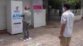 """Ông chủ """"ATM gạo"""" chế tạo """"ATM khẩu trang"""" miễn phí"""