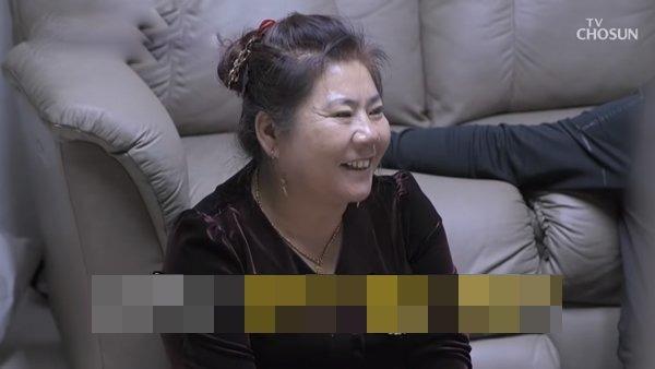 hoa hau han lay chong trung quoc: con dau tron mat mang, me chong van mua cho nha 20 ty - 17