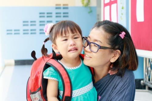 Hôm nay mẹ nhớ đón con sớm: Trẻ được đón sớm và muộn, 10 năm sau khác biệt rõ rệt - 5