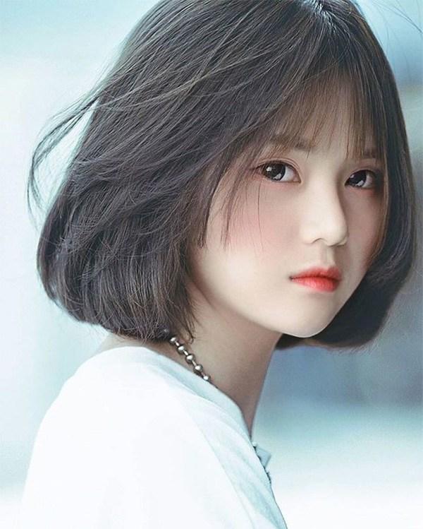 Những kiểu tóc ngắn mái thưa đẹp tự nhiên phù hợp với mọi gương mặt - 11