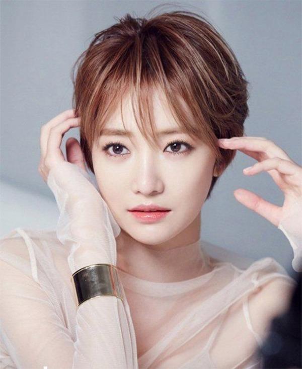 Những kiểu tóc ngắn mái thưa đẹp tự nhiên phù hợp với mọi gương mặt - 10