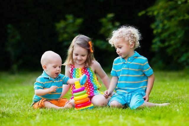 Trẻ dưới 1 tuổi làm được 4 hành động, mẹ sướng rơn vì sinh được con vô cùng thông minh - 4