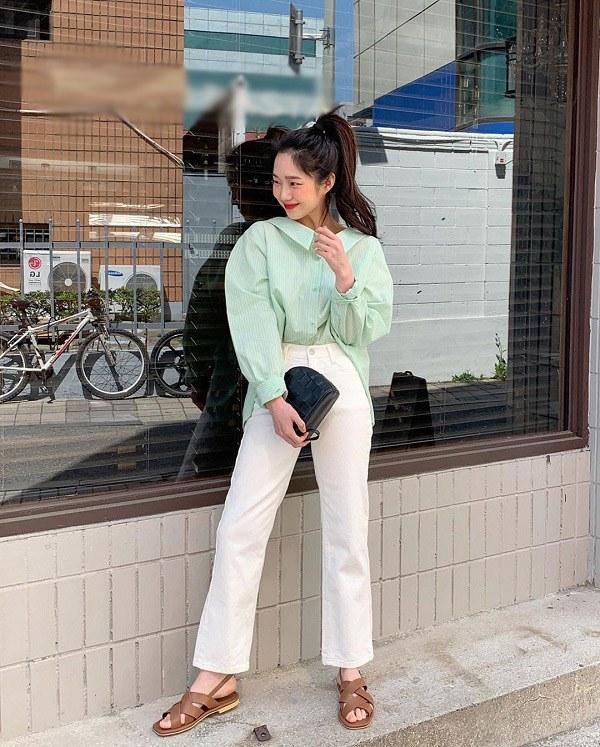 Những trang phục màu trắng chị em nên sở hữu, có thể dùng để phối đồ quanh năm - 14