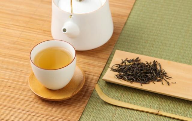4 thói quen uống trà cực kỳ hại, đặc biệt là thói quen đầu tiên có thể gây ung thư - 1