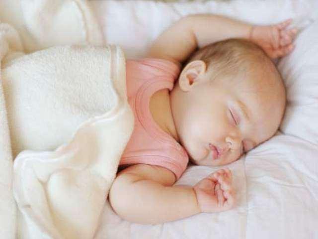 Trẻ sơ sinh tư thế ngủ kỳ lạ, 5 loại 5 tính cách, riêng loại thứ 3 cực thông minh - 4