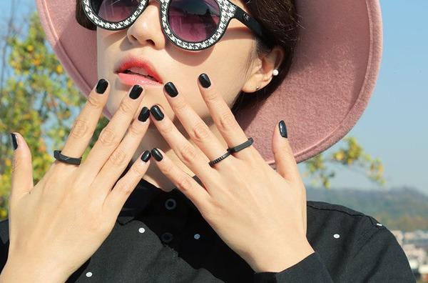 30 mẫu sơn móng tay đẹp nhẹ nhàng dễ thương dẫn đầu xu hướng 2020 - 30