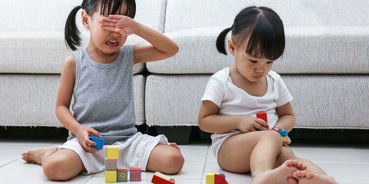 5 dấu hiệu trẻ thông minh giả, cha mẹ tưởng hay tự hào khoe khoang ngờ đâu amp;#34;sai bétamp;#34; - 1
