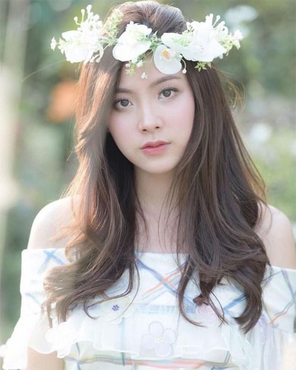 20 kiểu tóc ngang lưng đẹp trẻ trung nữ tính hot nhất hiện nay - 3