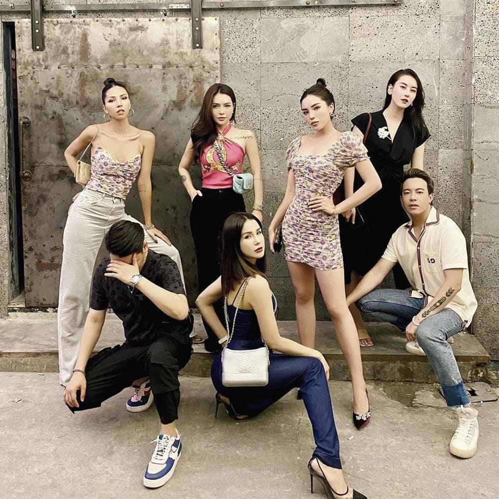 Hội bạn thân Vbiz cứ tụ họp là chưng diện: nhóm chuyên sắm túi hiệu, nhóm nghiện mặc đồ ngủ - 14