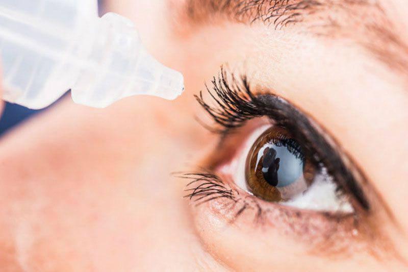 Vào viện vì mắt mờ dần với lọ thuốc nhỏ mắt, bác sĩ chỉ sai lầm vẫn dùng hàng ngày - 3