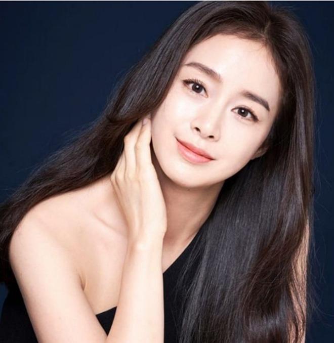 Kim Tae Hee bị amp;#34;đào mộamp;#34; ảnh thời còn amp;#34;hai lúaamp;#34;, nhìn xuống bụng ngấn mỡ ai cũng ngỡ ngàng - 7